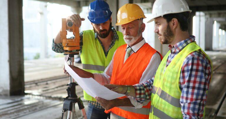BAS P / BAS U - Byggarbetsmiljösamordnare Vanliga frågor och svar om Utbildningar
